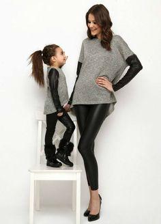 Eskiden ikiz kardeşler bir örnek giydirilir ve tüm dikkatleri üzerlerine toplarlardı. Yeni modaya göre anne-kız çocuk ve baba-erkek çocuk uyumlu giyim...