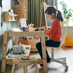 Espaço para a hora do recreio. Ikea Portugal, Your Child, Children, Kids Rooms, Furniture, Design, Home Decor, Ikea Home, Beige