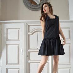 Réalise une petite robe de cocktail inspiration années folles avec un buste  droit et des fronces taille basse. Dans les vidéos de cours associées au  patron, ... 3b4c0bb9553b