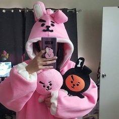 Jungkook Cute, Bts Taehyung, Bts Jungkook, Bts Memes, Army Room Decor, Bts Clothing, Kpop Merch, Bts Concert, Bts Fans