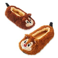 Disney Kids Chip n Dale Plush Slippers Youth Disney Slippers, Cute Slippers, Personalized Tee Shirts, Disney Princess Costumes, Disney Pajamas, Chip And Dale, Disney Girls, Disney Land, Disney Merchandise