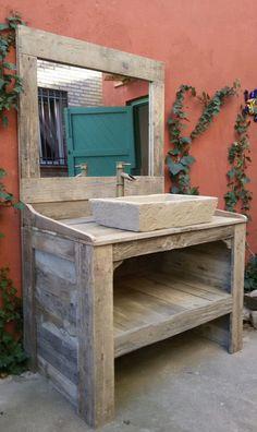 meuble de salle de bain et miroir avec palettes palettes. Black Bedroom Furniture Sets. Home Design Ideas