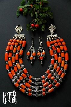 Рогнеда Bead Jewellery, Jewelry Making Beads, Beaded Jewelry, Jewelry Necklaces, Handmade Jewelry, Chunky Jewelry, Ethnic Jewelry, Coral Jewelry, Gemstone Jewelry