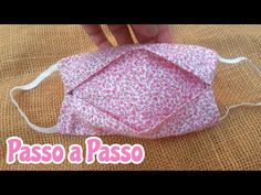 masks diy sewing with pocket Sewing Hacks, Sewing Tutorials, Sewing Crafts, Sewing Projects, Easy Face Masks, Diy Face Mask, Hand Sewn Crafts, Crochet Mask, Diy Crafts For Gifts