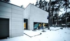 Rectangle parallelepiped House by Devyni architektai