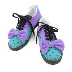 Candy Stripper -CANDY DOT RIBBON LOW CUT SNEAKERS EMERALD GREEN×PURPLE... ❤ liked on Polyvore featuring shoes, sneakers, flats, emerald green shoes, polka dot sneakers, emerald green flats, flat heel shoes and flat pumps