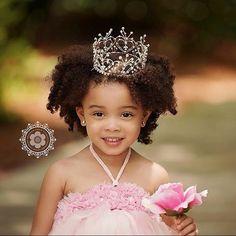 Curly kids. Little black girls. Afro kids. Child portraits. Kids portraits.