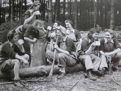 Lumber Jills taking a break for tea.