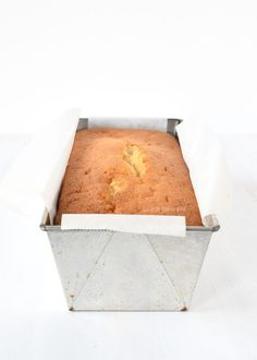 smeuïge citroencake - Laura's Bakery Baking Recipes, Cookie Recipes, Coffee Brownies, Baking Bad, Pastry Cake, Piece Of Cakes, Pound Cake, Yummy Cakes, Cake Cookies