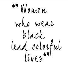 30dayblogchallengenl, 30 days blog challenge, hare maristeit, haremaristeit, favoriete outfit, dani and mom, daniandmom, black fashion, zwarte kleding, zwart, wit, monochrome, monochroom, zwart-wit, black-white, black, white, skinny jeans, jeans en t-shirt, jeans t-shirt, shoes, sneakers, kistjes, laarjes, gothic, dani and mom, daniandmom
