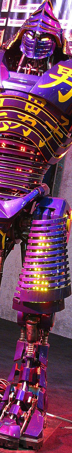 OH yes the second cooliest bot in the movie to the bot who should not be named...The Gold Blooded Killer.....Midas