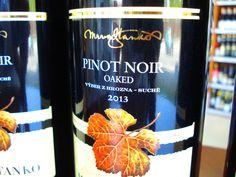 Novinka z prémiového vinárstva Mrva & Stanko - Pinot Noir 2013 OAKED už v predaji u nás ... www.vinopredaj.sk  #mrvastanko #mrva #stanko #oaked #pinot #pinotnoir #trnava #vinarstvo #winery #vino #wine #wein #vyberzhrozna #inmedio #vinoteka #wineshop #winestore #slovensko #slovak #delishop #delikatesy #vynimocne #vyborne