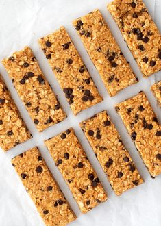 This homemade granola bar recipe makes the BEST granola bars ever! They're chewy, nutty, sweet, and easy to make! Naturally gluten-free, they're a perfect healthy snack. Best Granola Bars, Chocolate Chip Granola Bars, Homemade Granola Bars, Mini Chocolate Chips, Good Healthy Snacks, Healthy Breakfasts, Eating Healthy, Clean Eating, For Love And Lemons