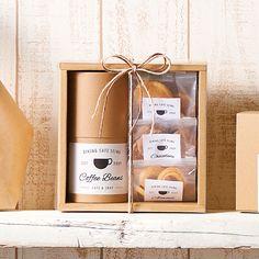 コーヒー クッキー クラフトパッケージ Baking Packaging, Cake Packaging, Food Packaging Design, Coffee Packaging, Wooden Gift Boxes, Wooden Gifts, Coffee Box, Gift Wraping, Cookie Gifts