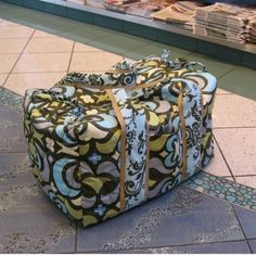 I really like this large duffel bag.@Stacey McKenzie McKenzie McKenzie McKenzie McKenzie Engleman-Bertotti for carson