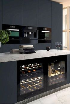 12 Nice Ideas for Your Modern Kitchen Design black kitchen units interior design Cabnits Kitchen, Kitchen Stove, Kitchen Units, Kitchen Layout, Ikea Kitchen, Kitchen Pantry, Kitchen Appliances, Kitchen Ideas, Kitchen Cabinets