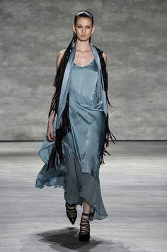 Défilé Nicholas K, prêt-à-porter printemps-été 2015, New York. #NYFW #Fashionweek #runway