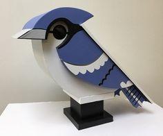 Bird House Feeder, Bird Feeders, Dog Mansion, Modern Birdhouses, Homemade Bird Houses, House Painting, Painting For Kids, Birdhouse Craft, Bird Houses Painted