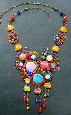 Wire Wrap Necklace 'Colour Hypnosis'   Wire Wrap Колье «Цветной Гипноз» — Купить, заказать, колье, ожерелье, проволока, агат, перламутр, ручная работа