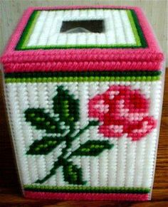 Plastic Canvas Patterns | ... download of this pattern rose garden boutique tissue box pattern 107