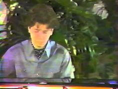 Stephane BLET performs LISZT, Paris 1987 - YouTube