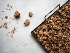 Glutenfri pepparkaksgranola - ceciliafolkesson.se – Naturlig mat & Hälsa Mat, Granola, Desserts, Food, Tailgate Desserts, Deserts, Granola Cereal, Meals, Dessert