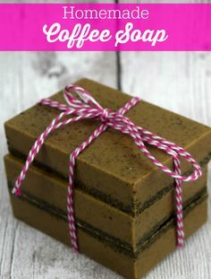 Homemade Coffee Soap - This soap smells amazing! Super easy to make too.