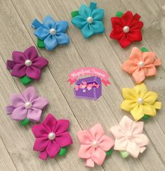Five Petal Ribbon Flower Hair Clip - You Choose Color - Flower is made completely of ribbon with a pearl center. It measures about 2 inches across. Diy Lace Ribbon Flowers, Ribbon Art, Ribbon Hair Bows, Diy Hair Bows, Diy Ribbon, Ribbon Crafts, Flower Crafts, Fabric Flowers, Flower Girl Headbands