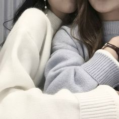 INFP Hufflepuff Capricorn Sun Pisces Moon Cancer Rising - Saturn - Sleeping At Last Imagine - Ariana Grande Sweater Weather - The Neighbourhood Crowded Places - Banks Cinnamon Girl - Lana Del. Want A Girlfriend, Teen Romance, Girl Couple, Fashion Designer, Couple Aesthetic, Aesthetic Pics, Ulzzang Girl, Nayeon, Couple Goals