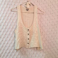 Ecoté Urban Outfitters Cream Crop Top Ecoté Urban Outfitters Cream Button Down Crop Top. Super soft and cozy. Worn once. Urban Outfitters Tops Crop Tops