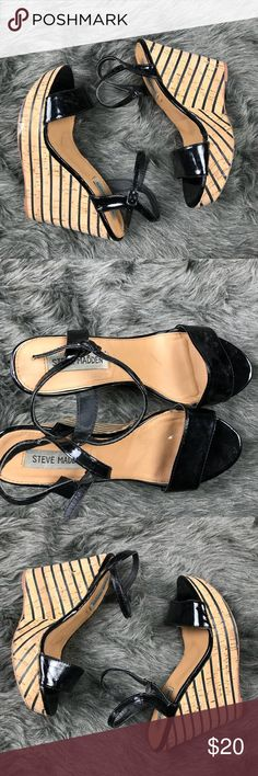 Steve Madden Sophia patent leather wedges sz 7.5 Excellent condition Steve Madden Shoes Wedges