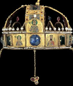 Constantine -Justinian - Theotokos - Christ - Mosaic in the Vestibule Royal Jewels, Crown Jewels, Byzantine Gold, New Palace, Images Of Christ, Hagia Sophia, Archangel Michael, Medieval, Tiaras And Crowns