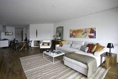 Farbenfrohe Kissen sind die perfekte Deko für jedes Sofa.