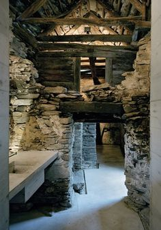 refurbishment of a old farmhouse in Switzerland into a modern temple encased in the original crumbling crust exterior, by Linescio Buchner Bründler Architekten Old Stone Houses, Old Farm Houses, Luxury Cabin, Rustic Stone, Rustic Farmhouse, Beautiful Homes, Architecture Design, Cottage, Barns