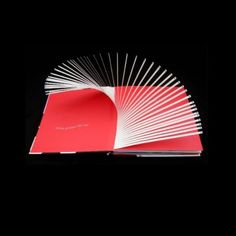 pop up book (David Carter, 600 black spots)