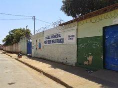 PORTAL DE ITACARAMBI: Professor leva soco dentro de escola municipal