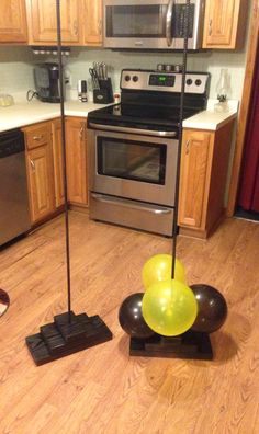 Awesome, yet easy to DIY balloon Columns!
