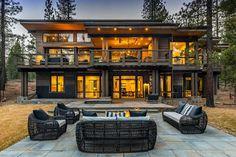 Modern Lake House, Modern Mountain Home, Modern House Design, Luxury Cabin, Luxury Homes Dream Houses, Dream House Exterior, Exterior Design, Building A House, House Styles
