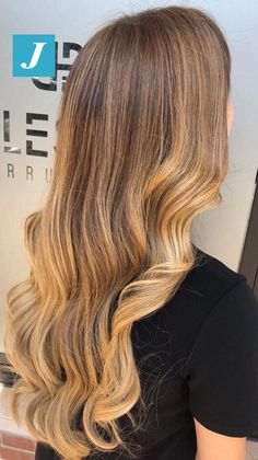 Joelle, Silky Hair, Blonde Hair, Ootd, Shades, Hairstyles, Long Hair Styles, Beauty, Beautiful