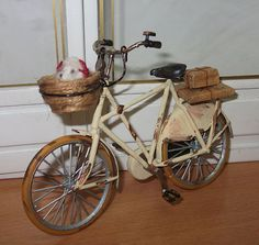 Dollhouse miniature 50s bike, scale 1/12
