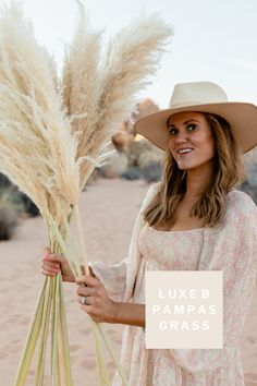 Luxe B Pampas Grass is these days the main on-line market for Pampas Grass.We supply a big number of Pampas sorts in herbal color, bleach white, crimson and different captivating colours. We're identified for high quality handpacked pampas this is delivered directly on your door. Best possible for your own home decor, any match particularly boho wedding ceremony decor. Lately we send any place in the USA and Canada. @luxebpampasgrasswww.luxebpampasgrass.com#pampasgrass #driedpampasgrass #driedflowers #bohowedding