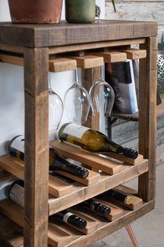 Small Wine Racks, Unique Wine Racks, Rustic Wine Racks, Corner Wine Rack, Wine Rack Table, Solid Wood Furniture, Diy Furniture, Wine Rack Inspiration, Wine Rack Design