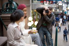 3 Tips on Photographing Strangers and Asking to Sign Model Releases