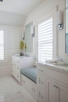 Nantucket Residence - beach-style - Bathroom - Boston - Duffy Design Group