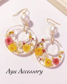 Diy Lace Earrings, Diy Resin Earrings, Resin Jewelry Tutorial, Diy Resin Art, Diy Resin Crafts, Jewelry Crafts, Making Resin Jewellery, Handmade Beaded Jewelry, Homemade Jewelry