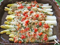 Spargel mit Parmesan-Kruste Asparagus with Parmesan crust (recipe with picture) by Grilling Recipes, Seafood Recipes, Vegetarian Recipes, Healthy Recipes, Easy Recipes, Healthy Snacks, Healthy Eating, Healthy Sweets, Asparagus Recipe