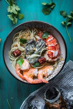 Seafood Noodle in Ginger Garlic Broth is a simple, easy, and satisfying noodle soup that you will definitely make over and over. Swap it out with other meat of your choice if you are not a seafood person. Works like a charm too.