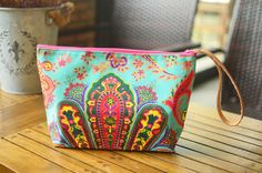 Your place to buy and sell all things handmade Hipster Bag, Dice Bag, Cute Handbags, Basket Bag, Toiletry Bag, Hobo Bag, Clutch Purse, Cosmetic Bag, Straw Bag