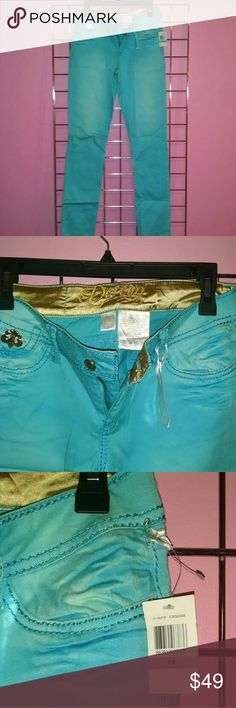 NWT house of dereon teal jeans New with tags House of Dereon Beyonce's brand  Size 7/8 with stretch to jeans  Bright teal perfect for summer Dereon Jeans