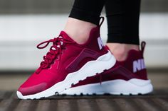 Nike WMNS Air Huarache Run Ultra 'Noble Red' (via Kicks-daily.com)